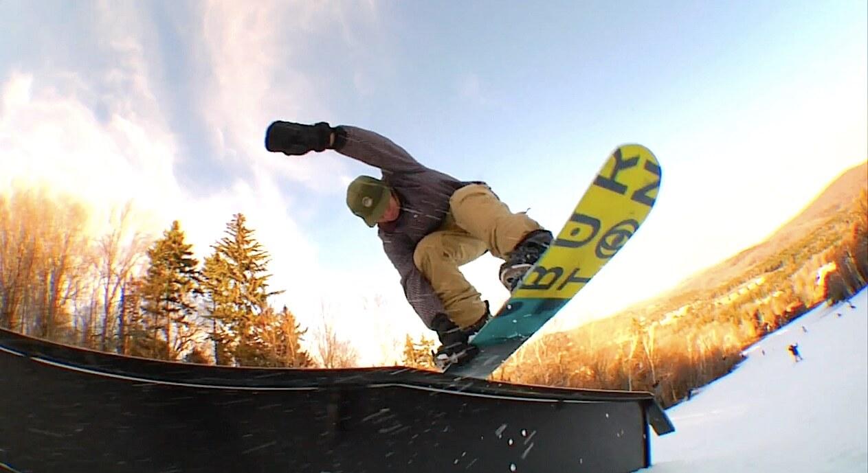 レビ・ガンズバーグ Levi Gunzburg snowboard スノーボード