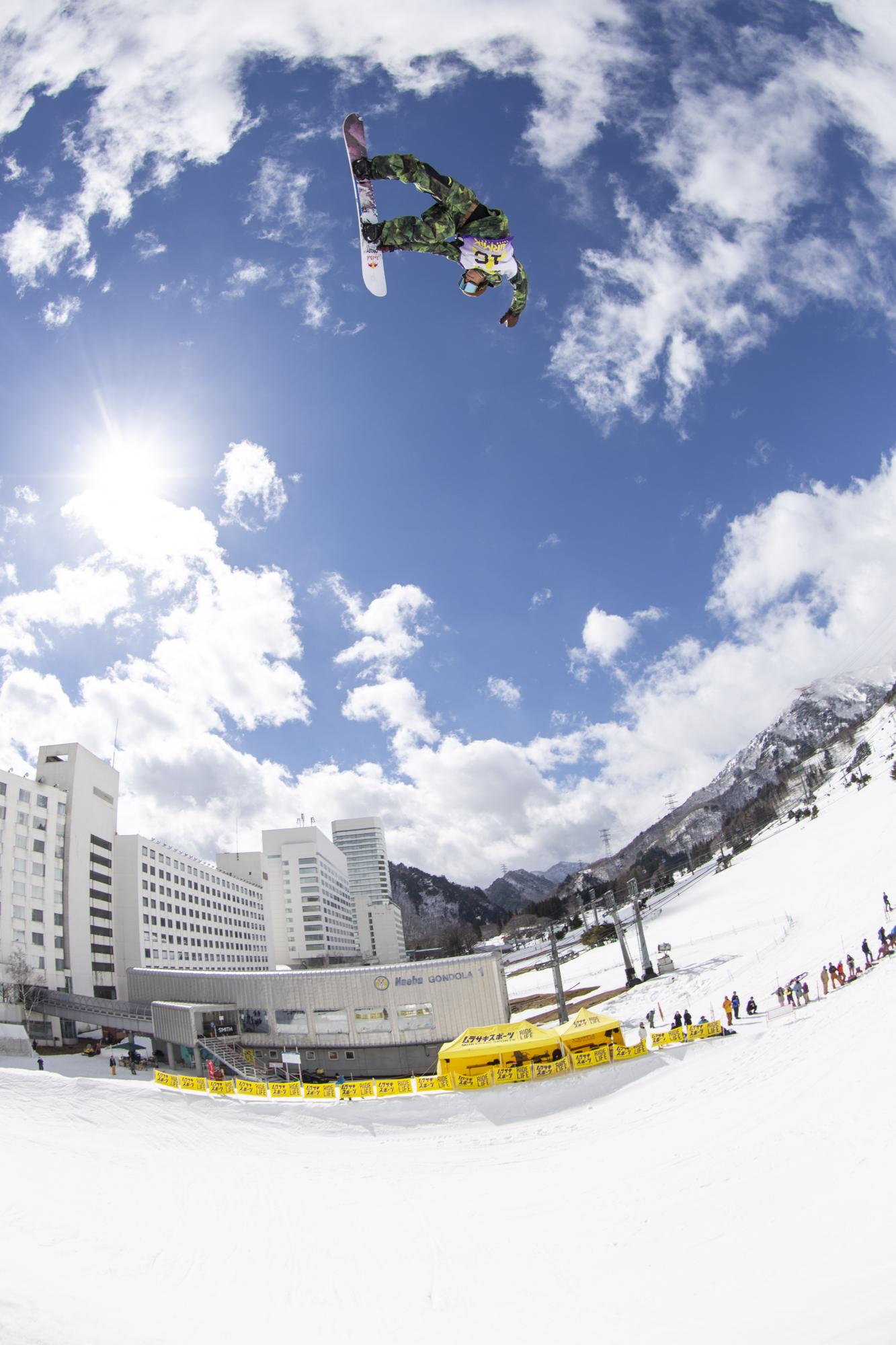 角野友基 Ride Snowboards